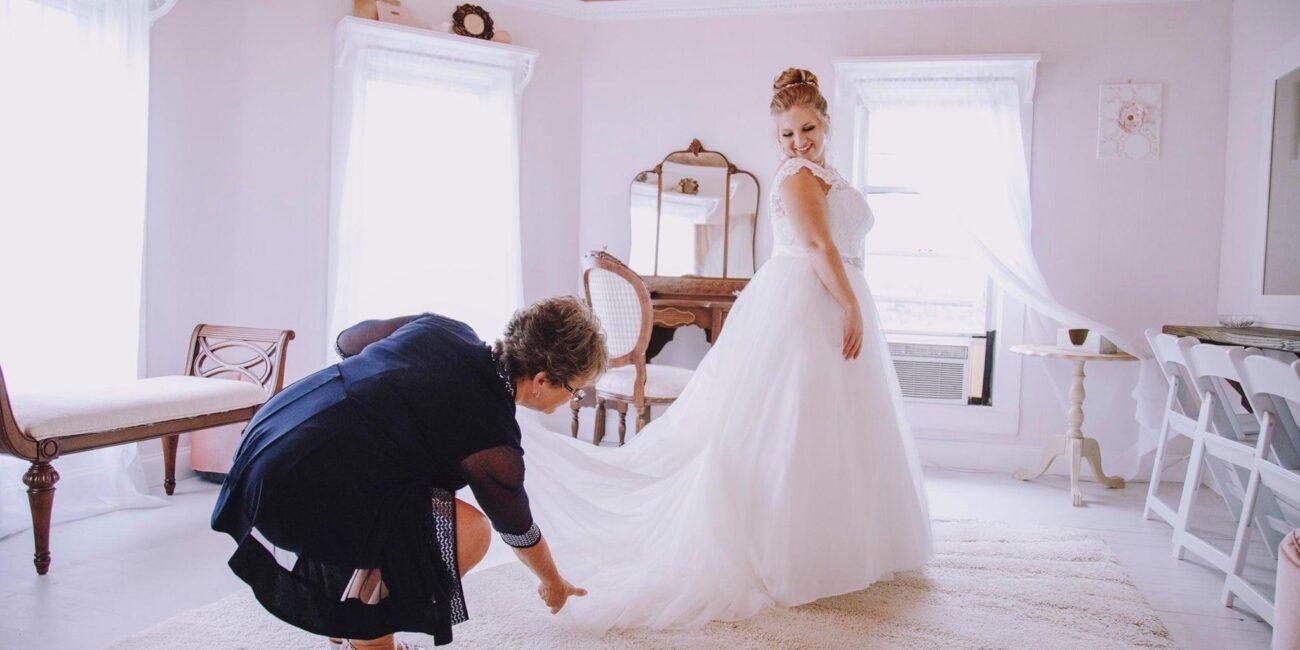dress-in-bridal-suite