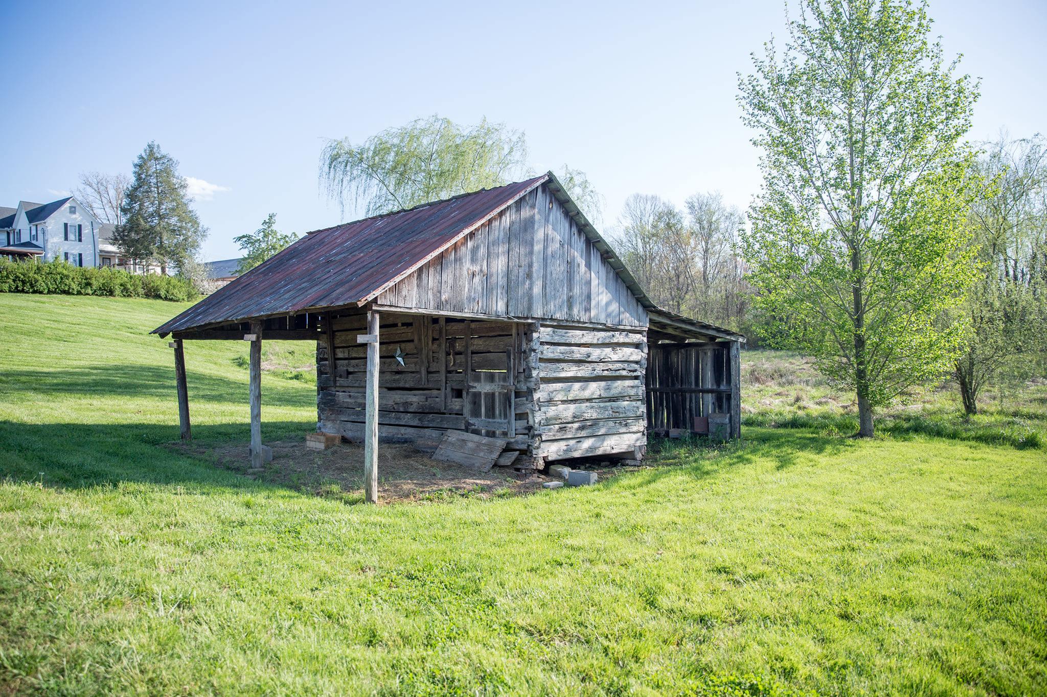 corn crib barn